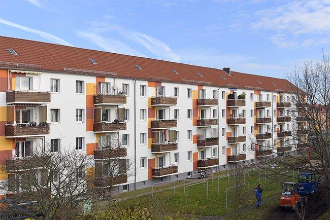 Hofansicht: 3-Raum-Wohnung Vogelweide 32