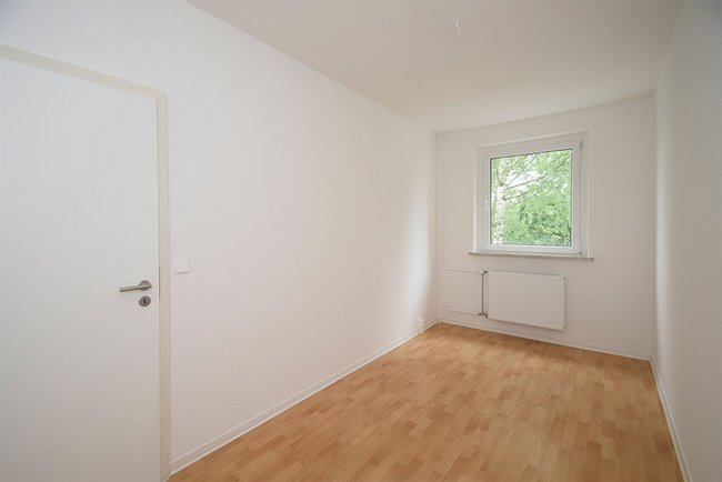 Kinderzimmer: 3-Raum-Wohnung Züricher Straße 18
