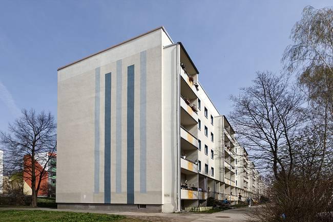 Hausansicht: 4-Raum-Wohnung Hildesheimer Straße 13