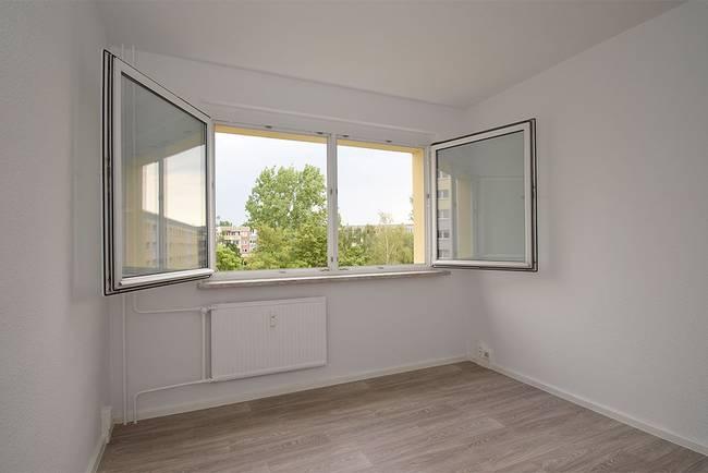 Schlafzimmer: 3-Raum-Wohnung Genthiner Straße 7
