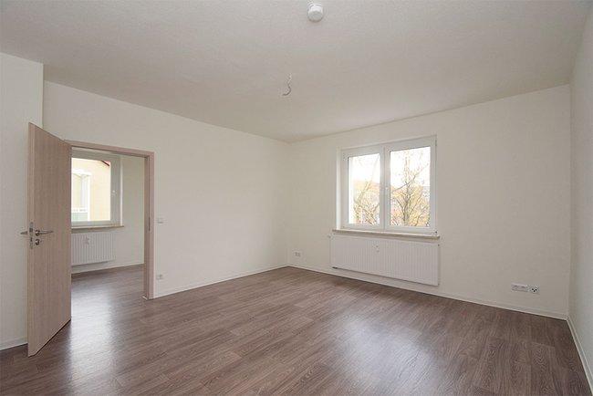 Wohnzimmer: 3-Raum-Wohnung Ernst-Eckstein-Straße 31