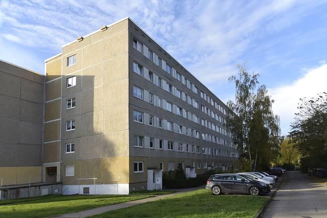 Hausansicht: 3-Raum-Wohnung Alte Heerstraße 201