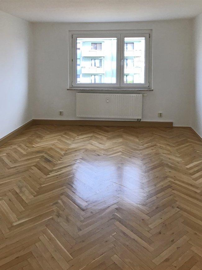 Schlafzimmer: 2-Raum-Wohnung Vogelweide 65