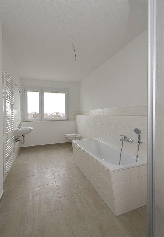 Bad (2): 4-Raum-Wohnung Guldenstraße 23