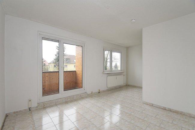 Wohnbereich: 3-Raum-Wohnung Alte Heerstraße 206