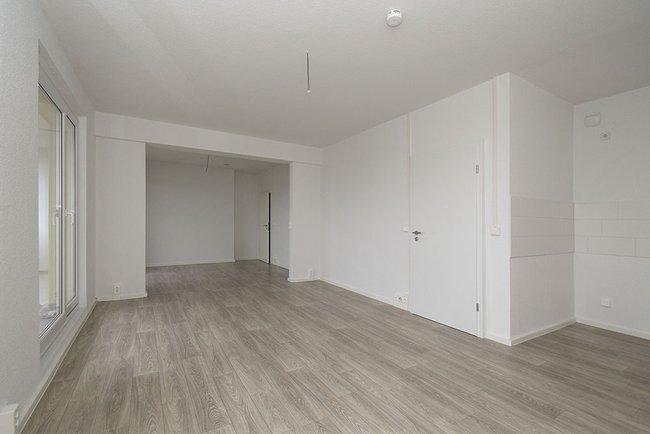 Wohnzimmer: 4-Raum-Wohnung Guldenstraße 23