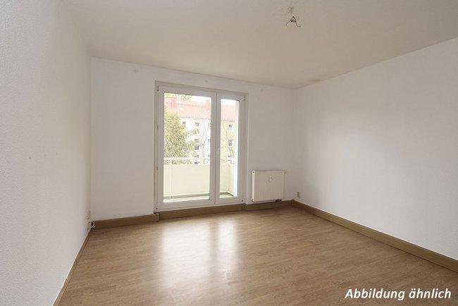 Wohnzimmer: 2-Raum-Wohnung Vogelweide 66