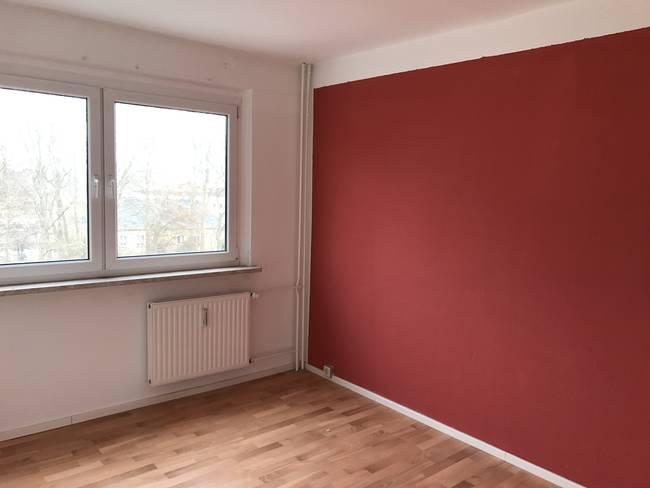 Schlafzimmer: 3-Raum-Wohnung Alte Heerstraße 200