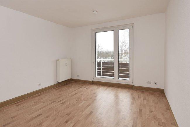Wohnzimmer: 3-Raum-Wohnung Vogelweide 50