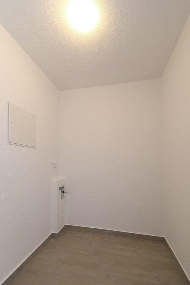 Hauswirtschaftsraum: 4-Raum-Wohnung Guldenstraße 23