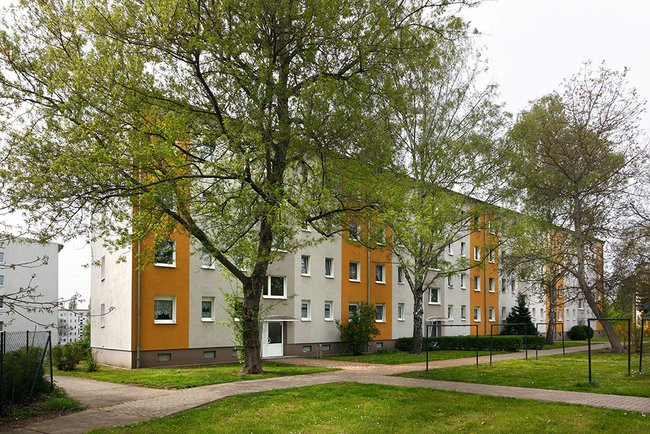 Hausansicht: 3-Raum-Wohnung Victor-Klemperer-Straße 12