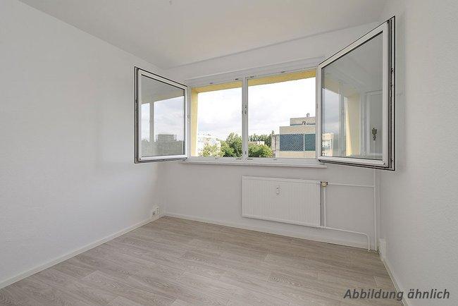 Schlafzimmer: 2-Raum-Wohnung Erich-Kästner-Straße 4