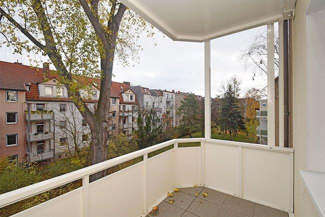 Balkonaussichten: 3-Raum-Wohnung Ernst-Eckstein-Straße 31