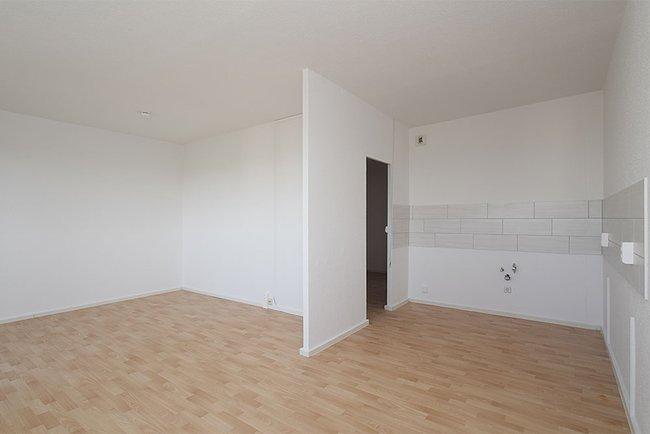 Küchenbereich: 2-Raum-Wohnung Am Hohen Ufer 9