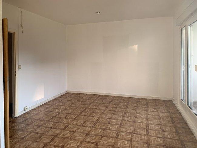 Wohnzimmer: 3-Raum-Wohnung Alte Heerstraße 202