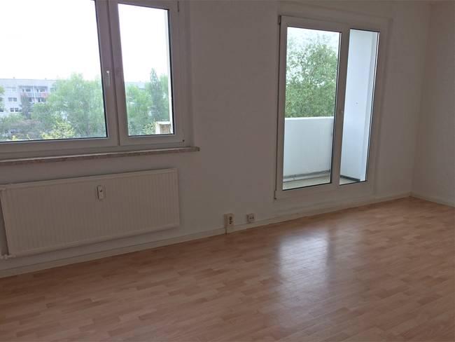 Wohnen: 3-Raum-Wohnung Erich-Kästner-Straße 10