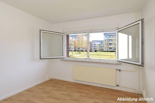 Schlafzimmer: 3-Raum-Wohnung Schilfstraße 13
