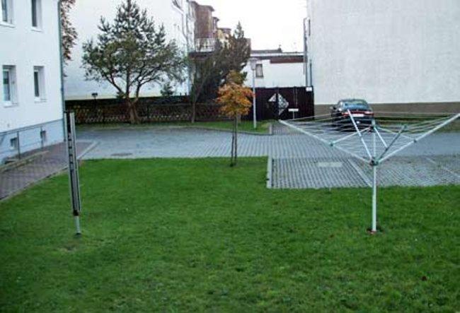 Hofbereich: 3-Raum-Wohnung Homerstraße 1a