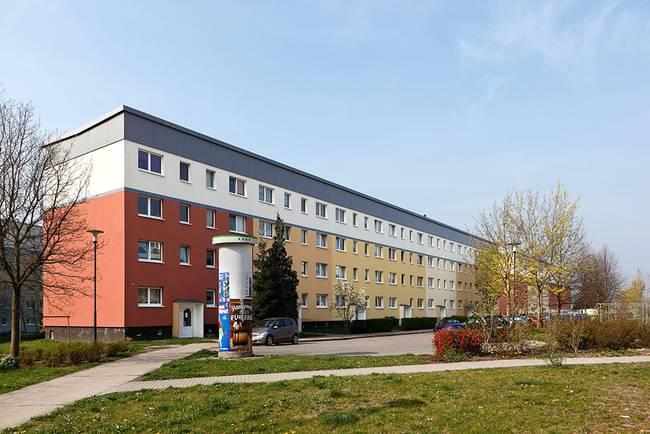Straßenansicht: 3-Raum-Wohnung Riedweg 11