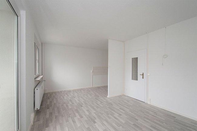 Wohnbereich: 4-Raum-Wohnung Am Hohen Ufer 1