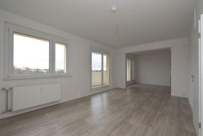 Wohnzimmer (1): 4-Raum-Wohnung Guldenstraße 23
