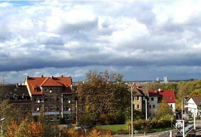 die Aussicht: 2-Raum-Wohnung Linzer Straße 25