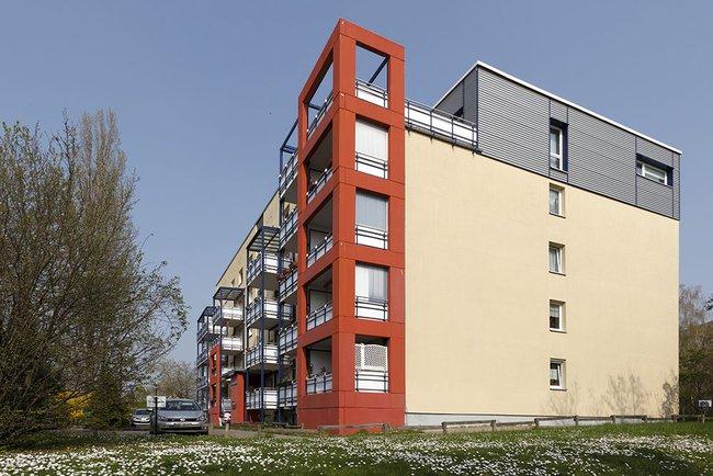 Hausansicht: 2-Raum-Wohnung Linzer Straße 25