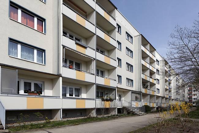 Hausansicht: 3-Raum-Wohnung Hildesheimer Straße 19