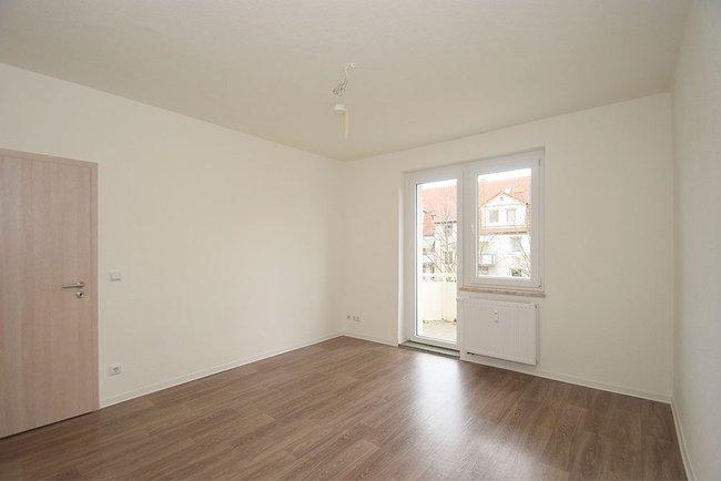 Schlafzimmer: 3-Raum-Wohnung Ernst-Eckstein-Straße 31