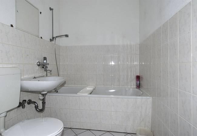 Badezimmer: 3-Raum-Wohnung Hanoier Straße 54