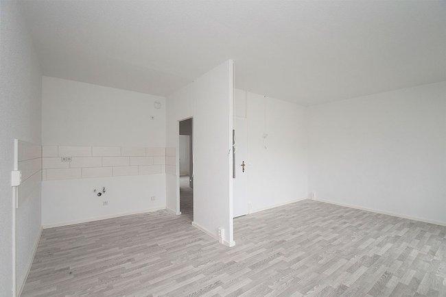 Küchenbereich: 4-Raum-Wohnung Am Hohen Ufer 1
