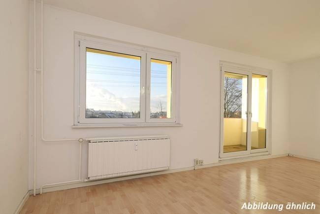 Wohnzimmer: 3-Raum-Wohnung Genthiner Straße 15