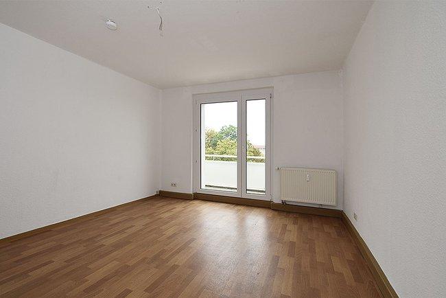 Wohnzimmer: 3-Raum-Wohnung Warschauer Straße 12