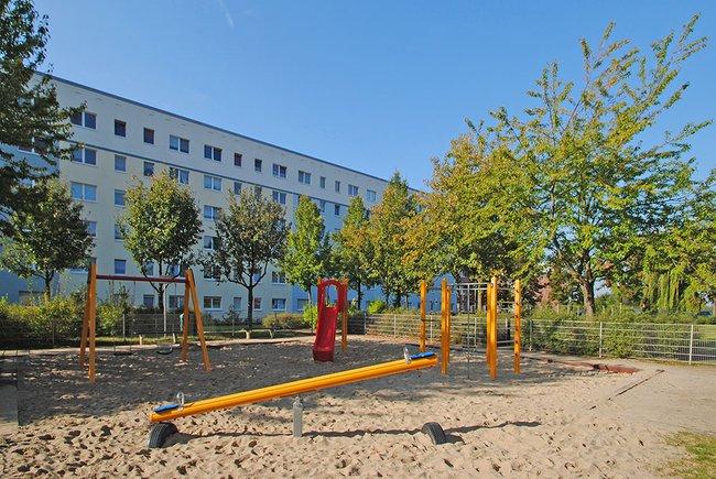 Spielplatz: 4-Raum-Wohnung Am Hohen Ufer 1