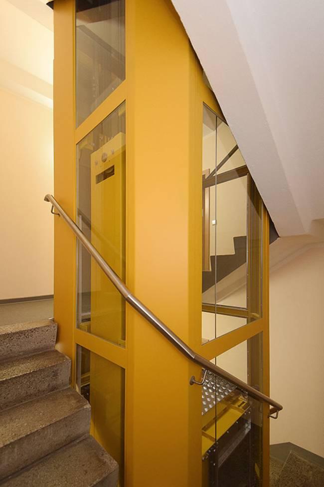 im Treppenauge: 2-Raum-Wohnung Am Hohen Ufer 9