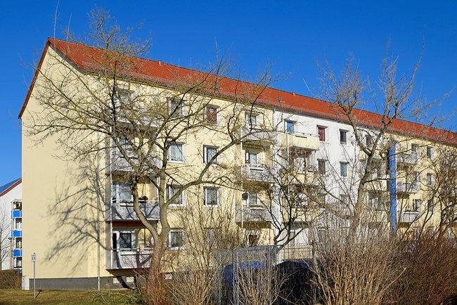 Hausansicht: 3-Raum-Wohnung Warschauer Straße 12