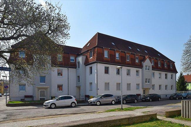Hausansicht: 3-Raum-Wohnung Homerstraße 1