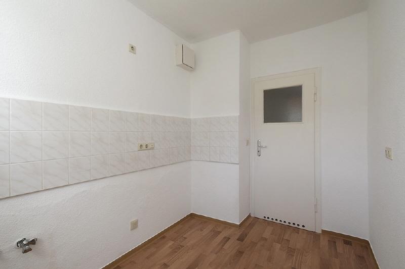2 raum wohnung in halle vogelweide 67 hw freiheit eg. Black Bedroom Furniture Sets. Home Design Ideas